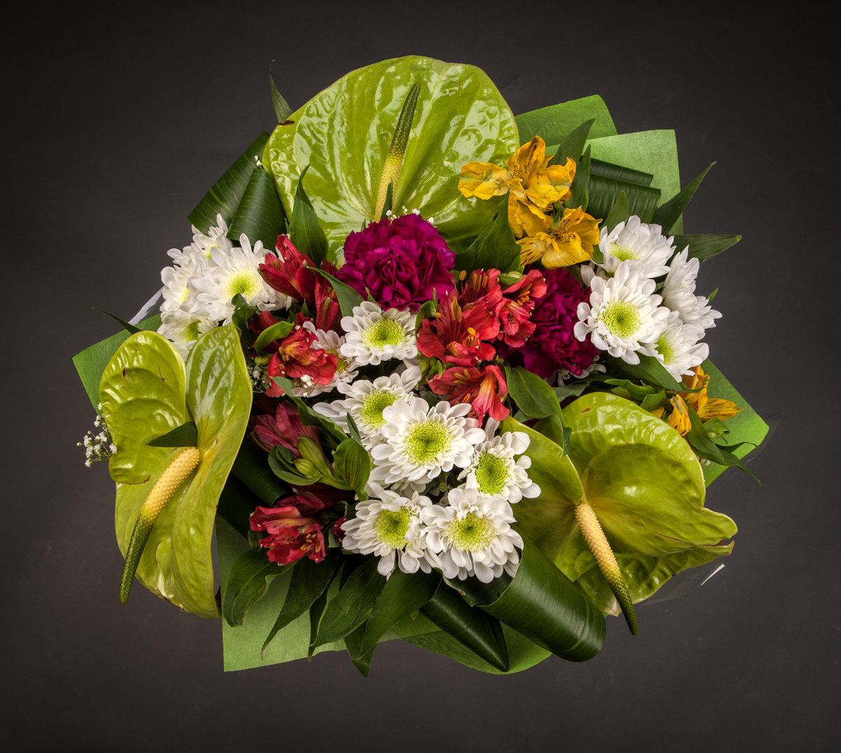 Эксклюзивные букеты из живых цветов фото
