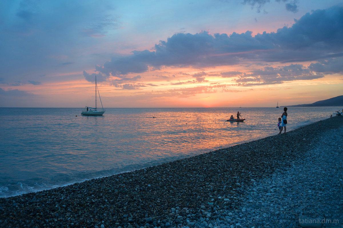 Лазаревское море фото пляжа