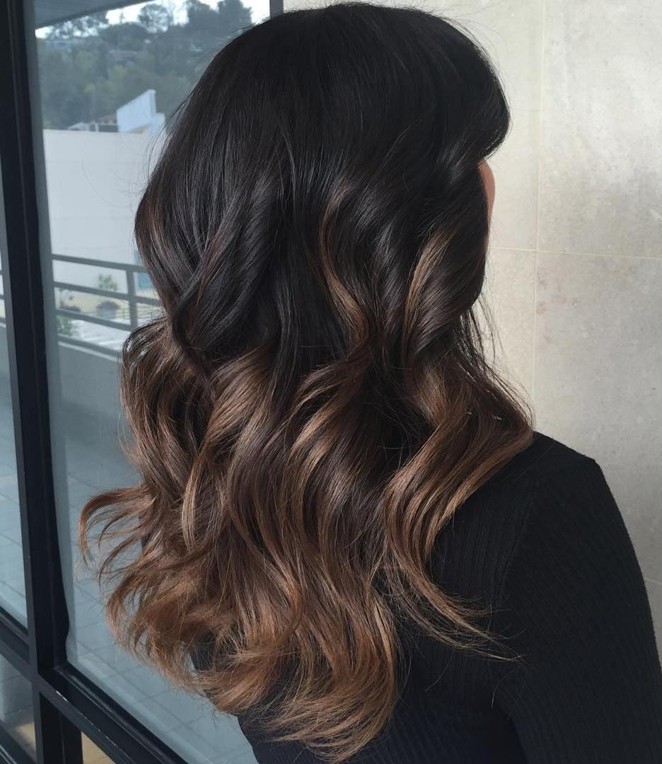 Шоколадный цвет волос с омбре фото