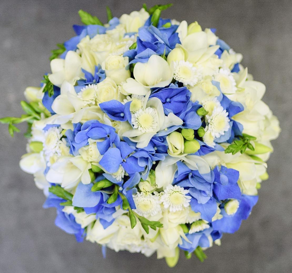 Купить букет из голубых фрезий киев, цветов харьковской обл