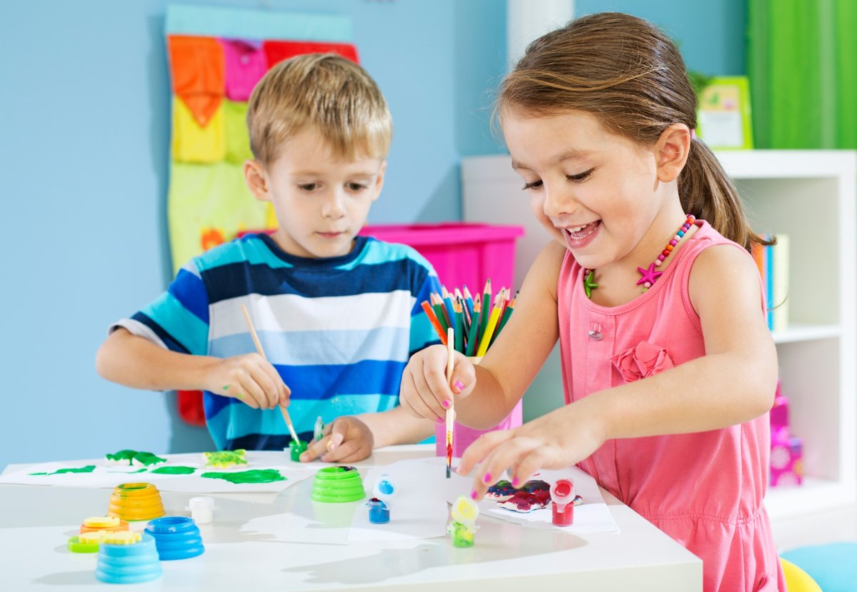 Картинки детей которые занимаются творчеством