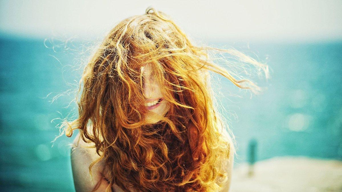Красивые фото девушек на море с кудрявыми волосами, порно месть парню за порно фото на мониторе