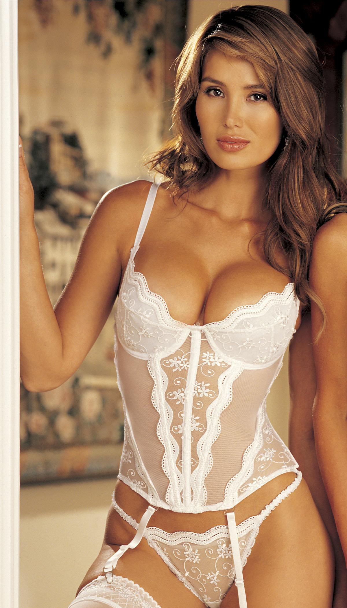 Красивое белье для свадьбы онлайн, пацаны кто пробовал давать в зад