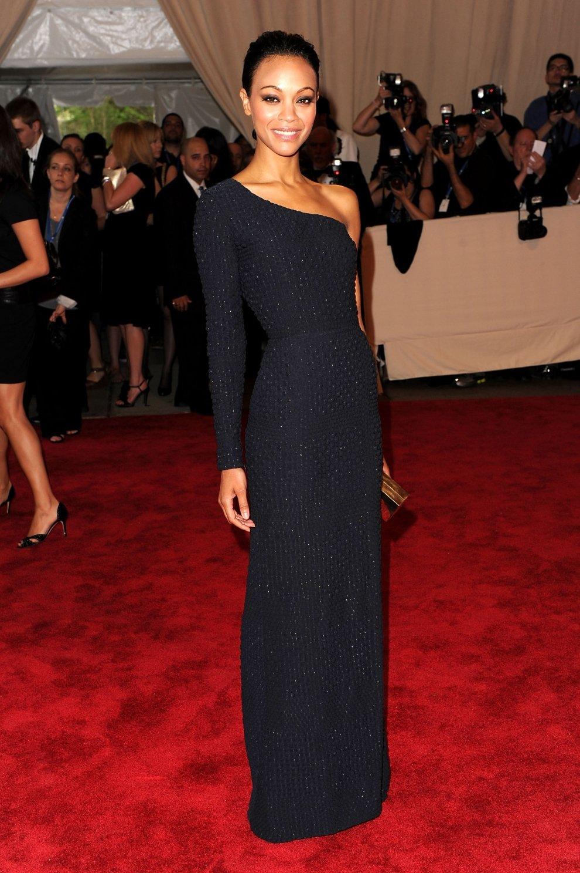 Короткие черные платья на звездах голливуда фото секс