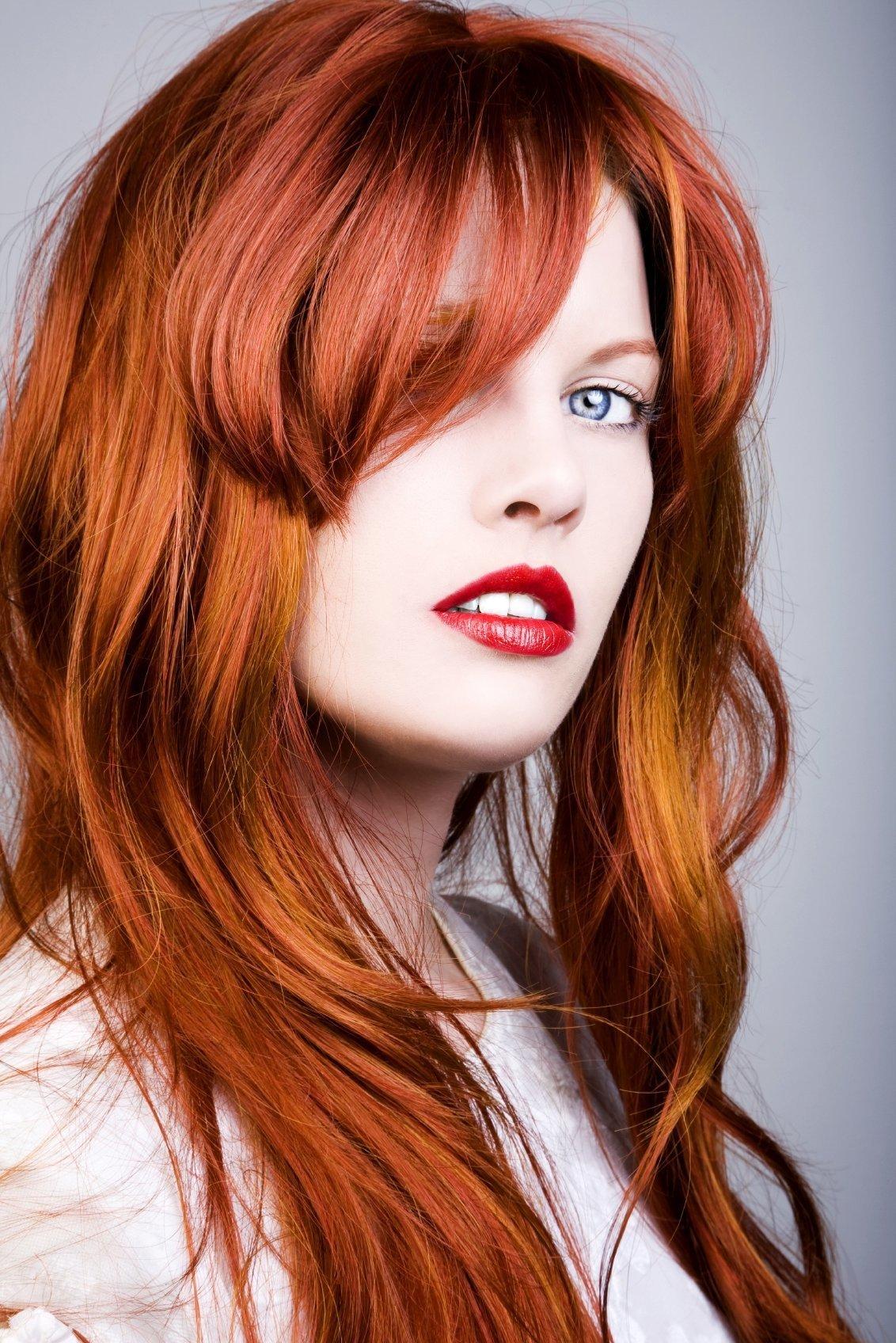 hair-cut-redhead-teen-bedroom-candid
