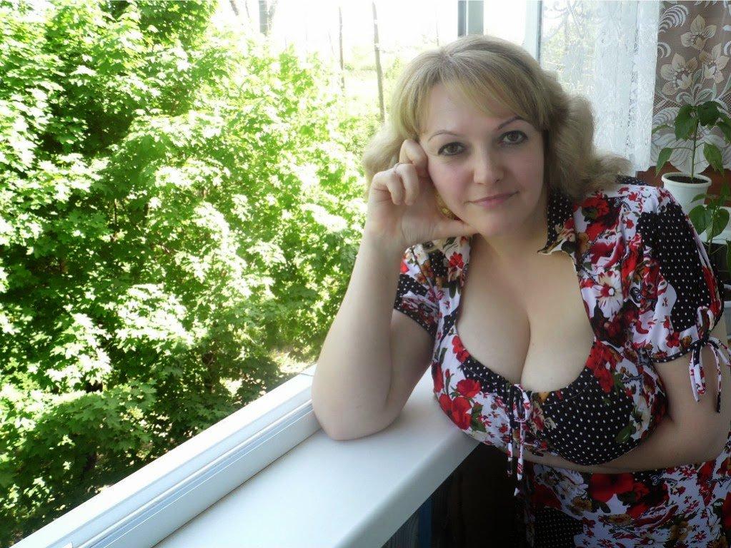 Знакомства большие груди