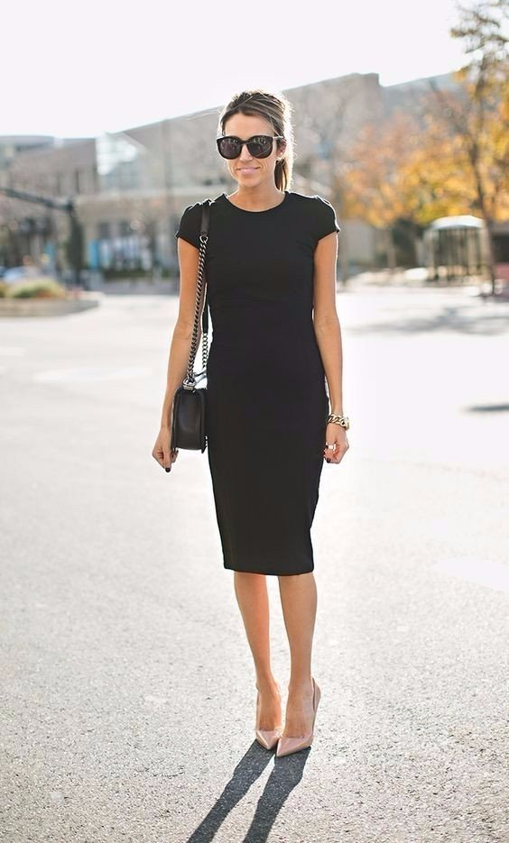 a39f45a01ff52a3 Строгое черное платье-футляр с бежевыми лодочками » — карточка ...