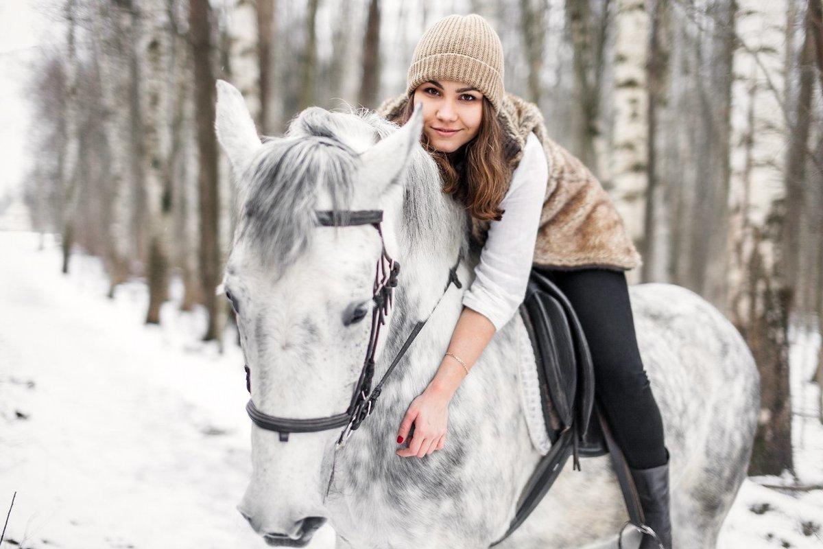 многие фотосессия на коне зимой хотите нарисовать