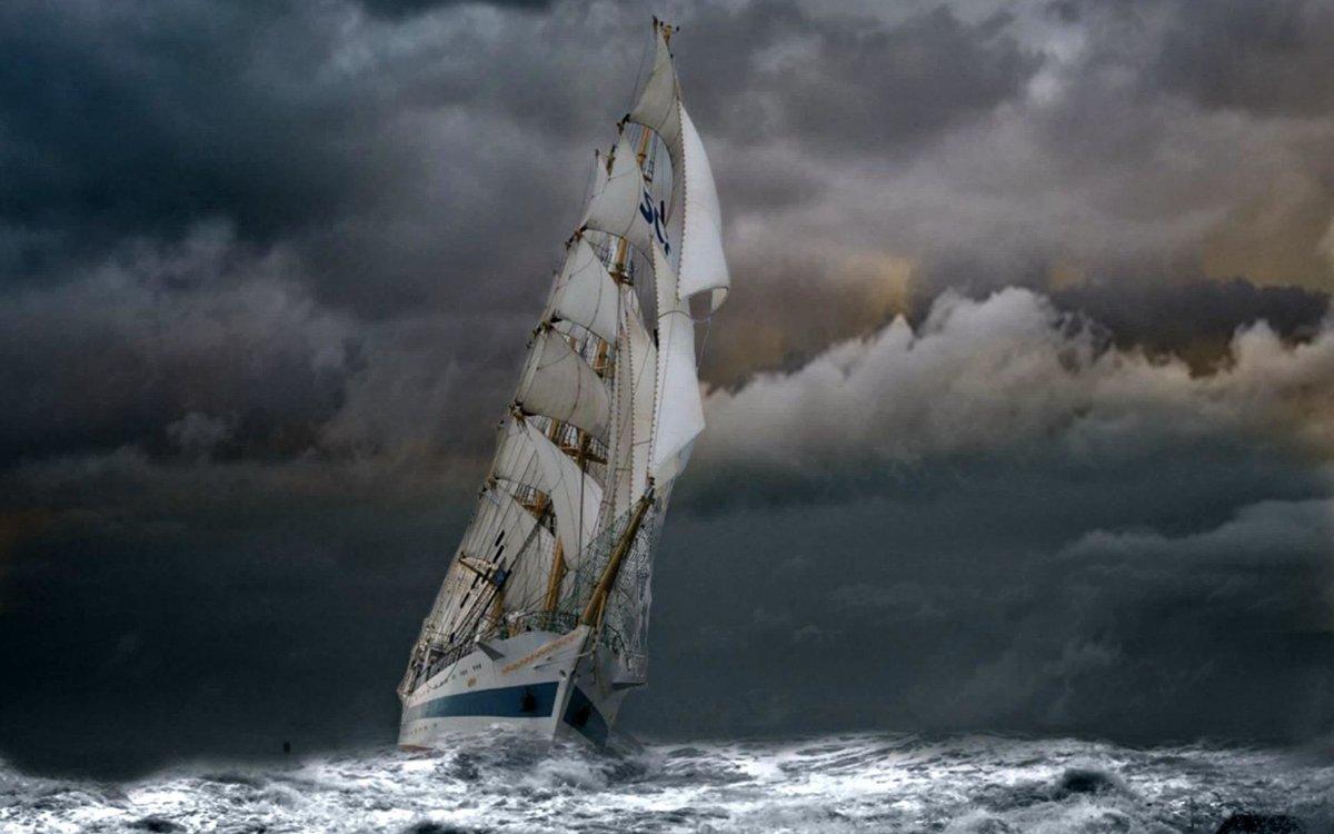 белый корабль в шторм картинки лосем трассе