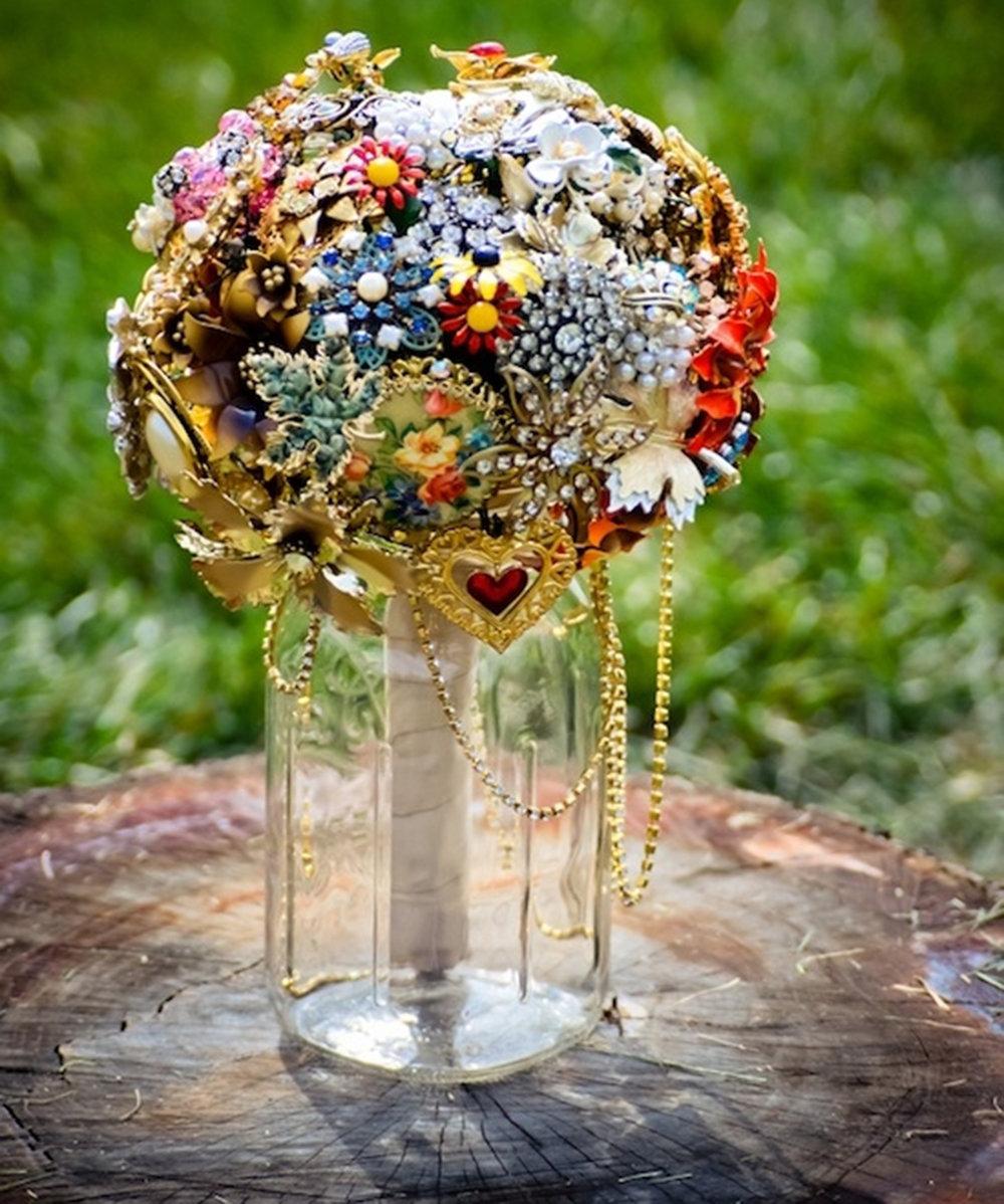 Креативный букет невесты фото