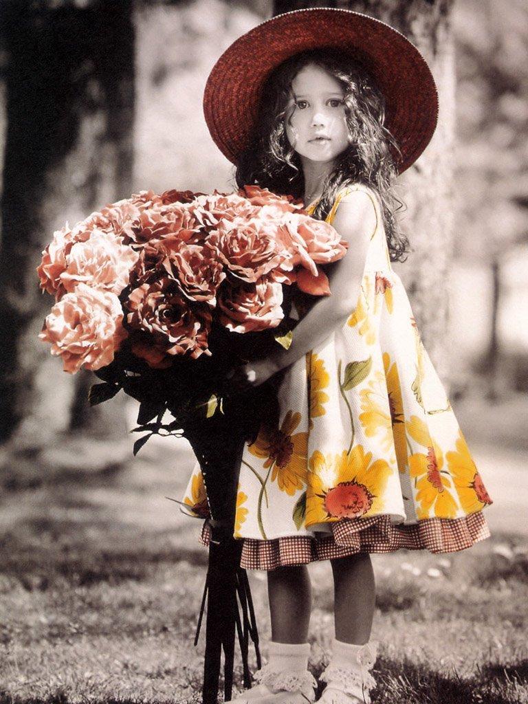 Картинка девочка с букетом, сделать бумаги открытка