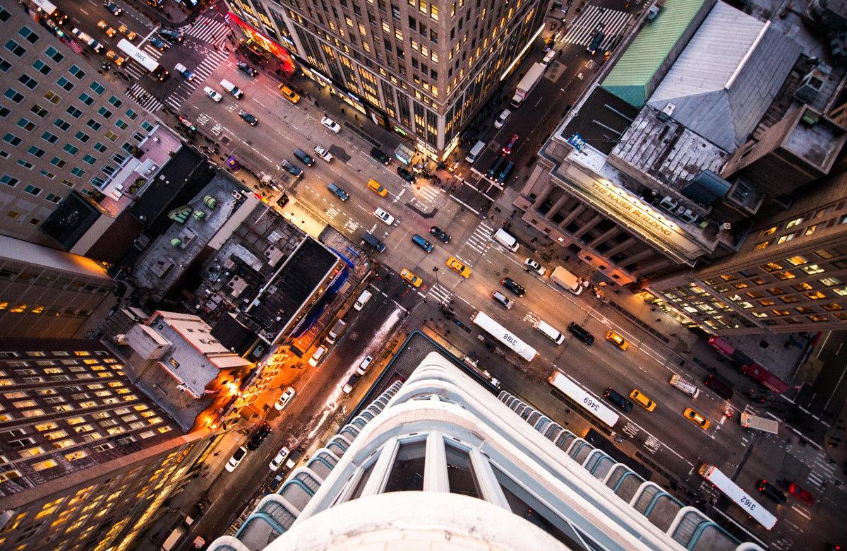 Картинки города с крыши небоскреба ночью
