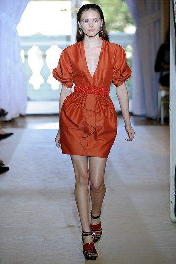 19189405beb9 Фасоны платьев  топ-10 самых модных фасонов ♡ ♡ Будь в курсе модных  тенденций
