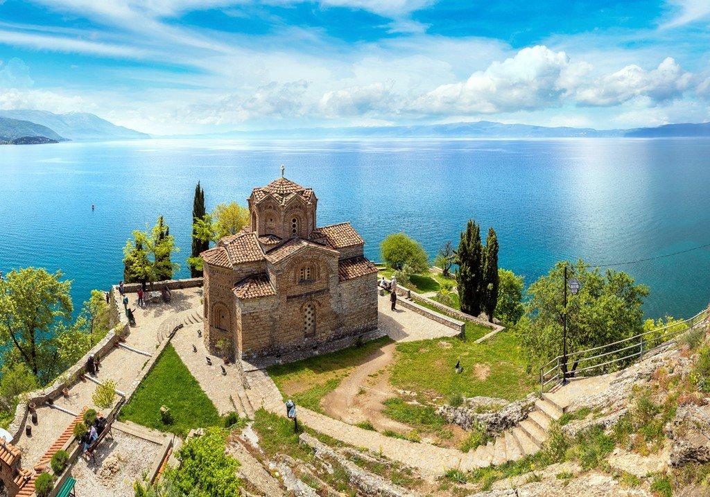 больше туры в македонию фото снимки изображают людей