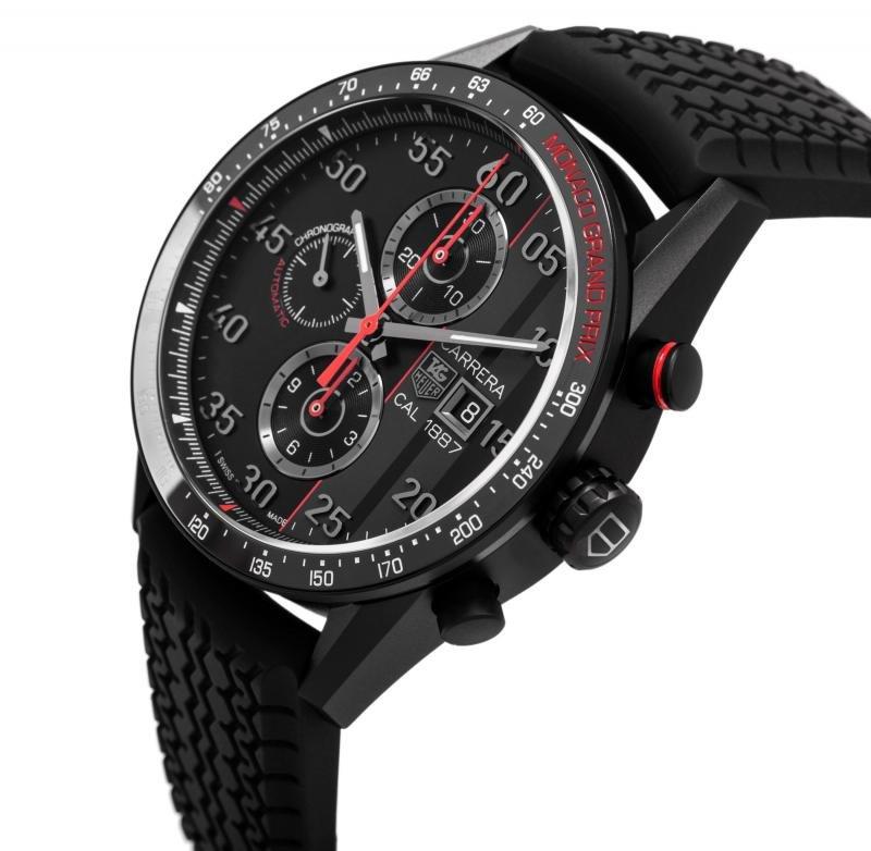Часы, минуты, секунды малая секундная стрелка и часовая со стоп-функцией , дата, хронограф.
