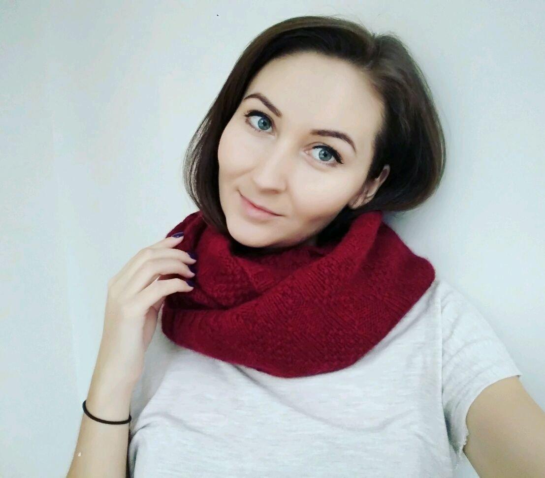 """Какой он цвет марсала? Женский шарф марсала """"Ромбы"""""""