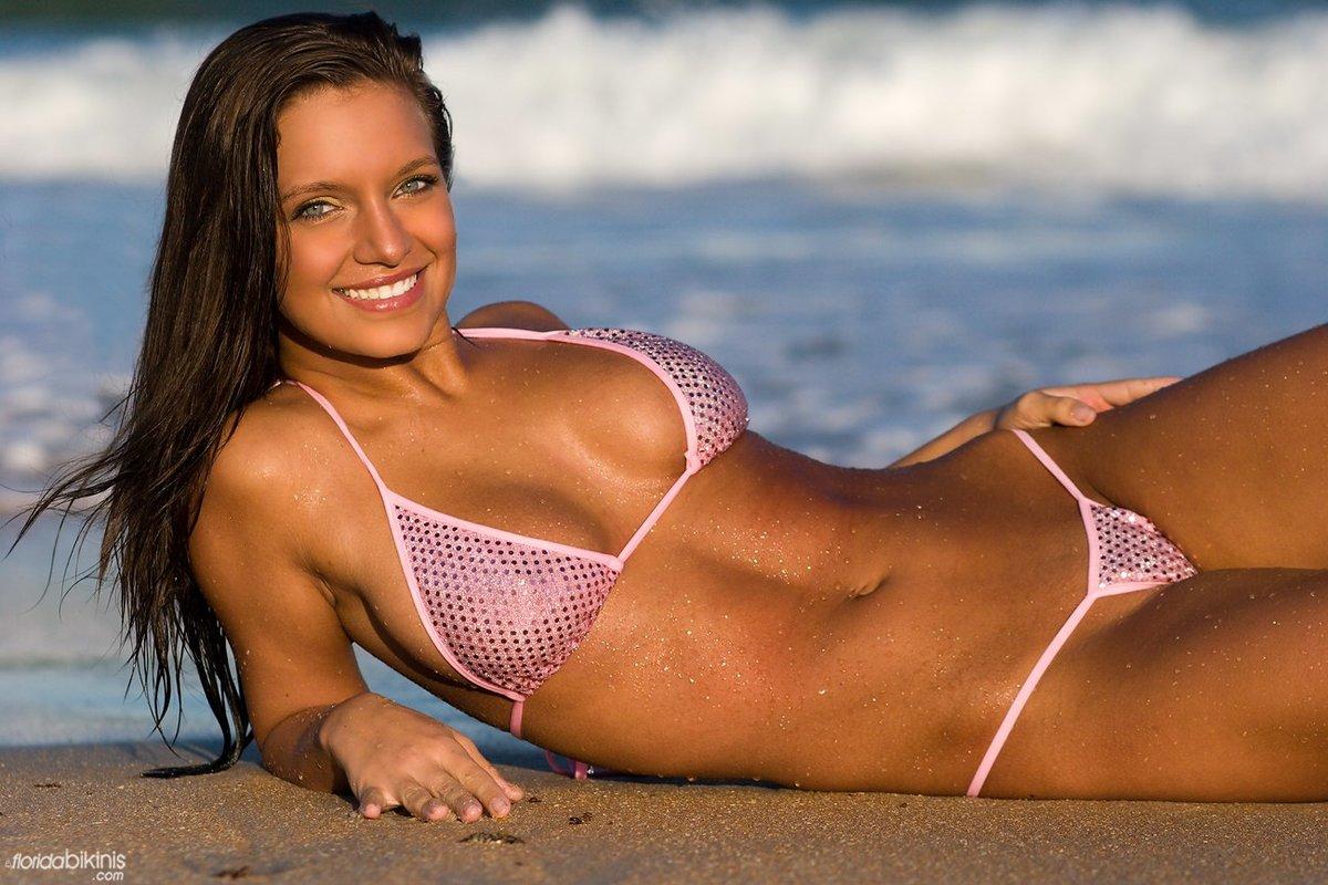 Naked bikini video — photo 14