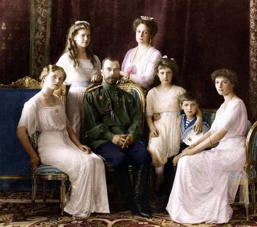 Для, картинки николай 2 и его семья