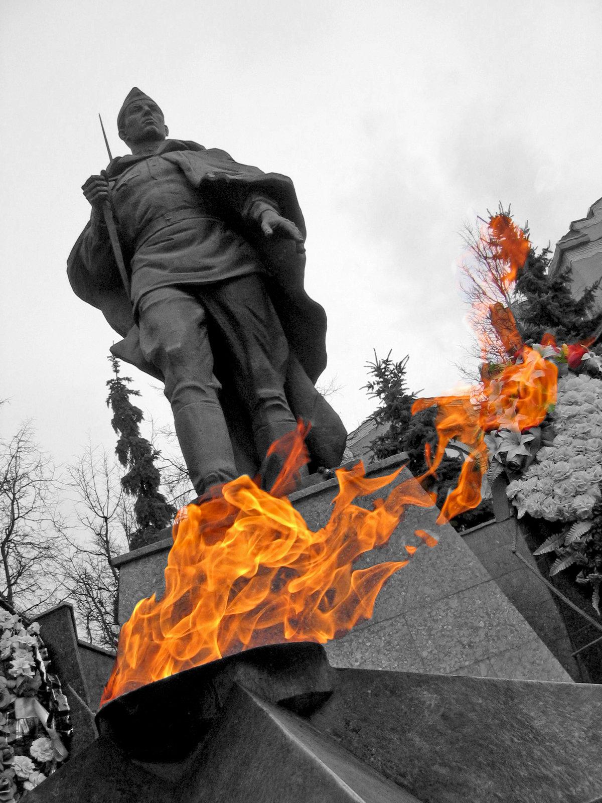 картинки памятников дня победы если есть