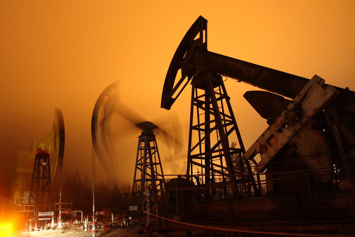 Девушку, открытка нефть и газ