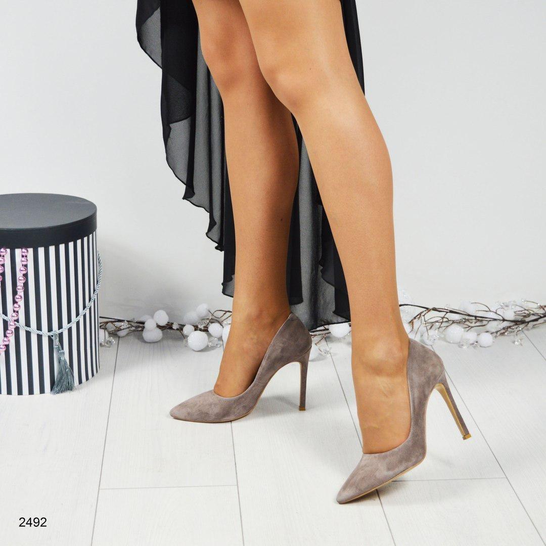 4853eeca1 ... Женские замшевые туфли-лодочки на шпильке , цена 4 235 руб., купить в