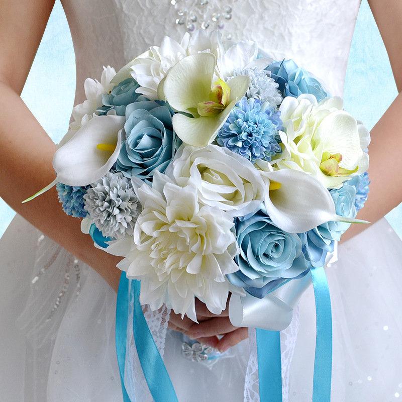 Свадебный букет бело - голубой