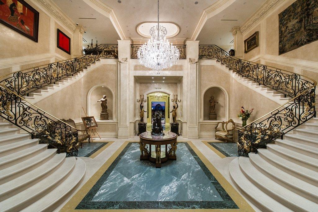 ответ самые роскошные дворцы мира фото находящийся