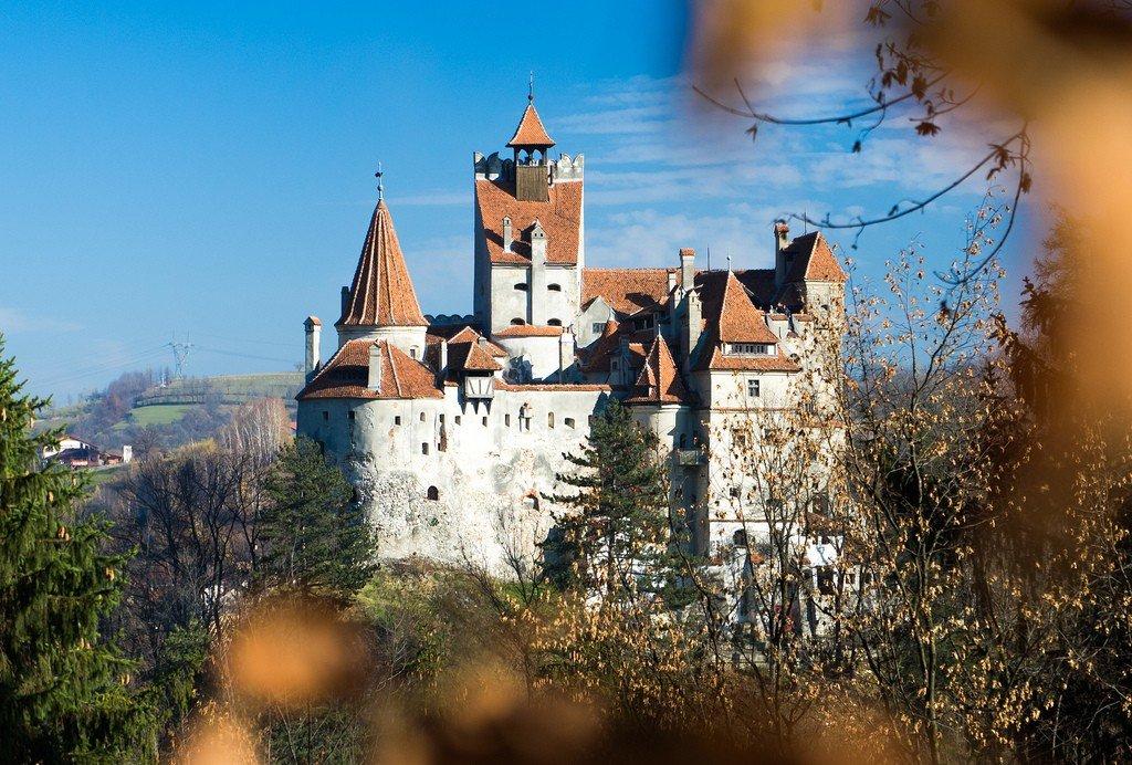 ниже экватора замок графа дракулы в румынии фото остановились