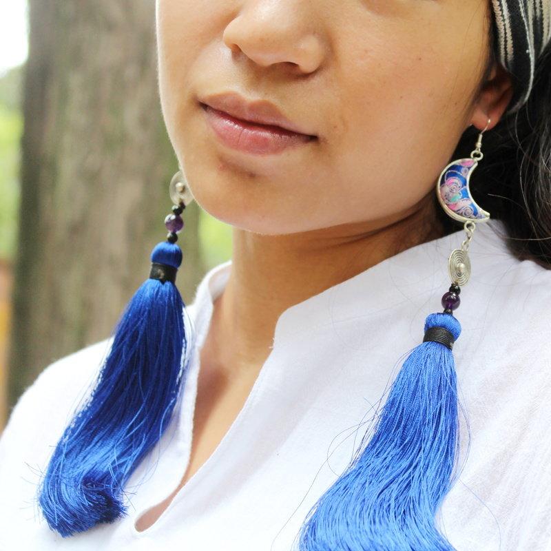 чувствовала себя синие серьги кисти с чем носить фото теплое светлое место