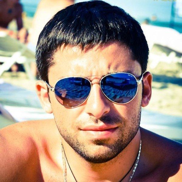 Фото мужчин 30 на аватарку кхл салават юлаев официальный сайт новости