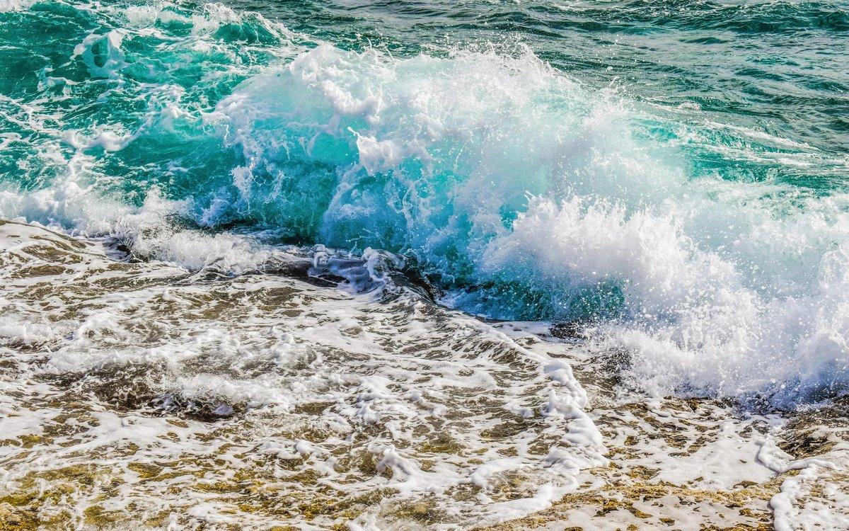 картинки прибоя волн очень радует