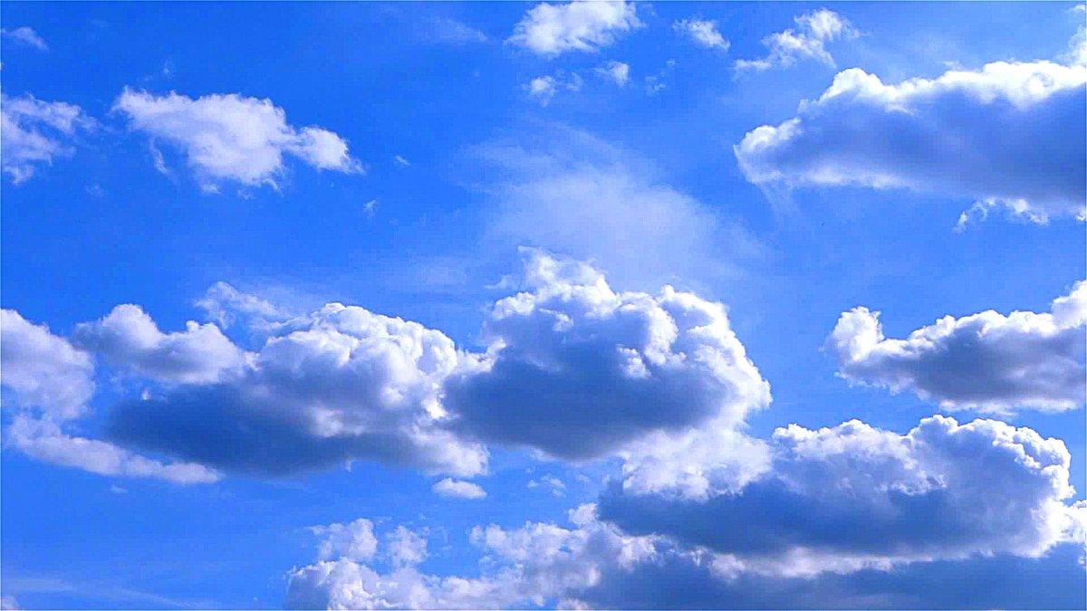 Красивые дождевые облака в небе