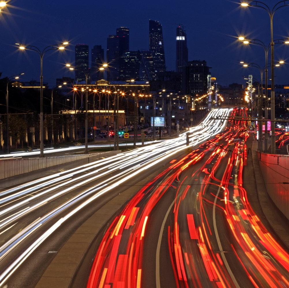 нас фото москва ночная дорога цвет подходит