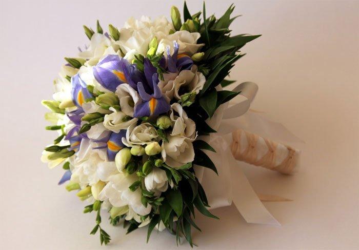 Свадебные букеты тюльпаны фрезия эустома, 101 розы