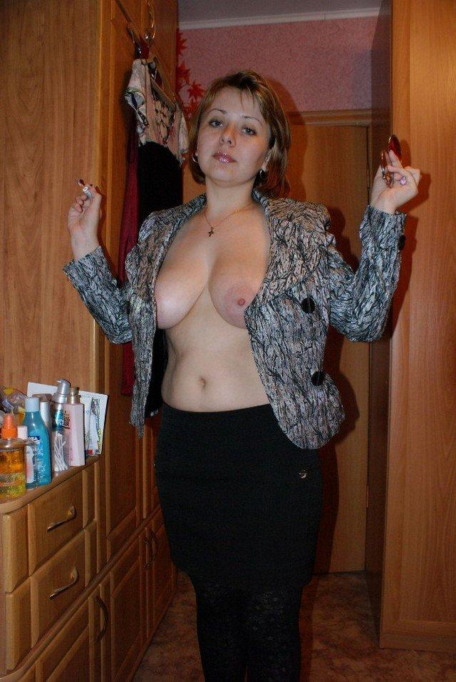 zamuzhnyaya-zhenshina-s-bolshoy-grudyu-samoe-populyarnoe-porno-v-rossii