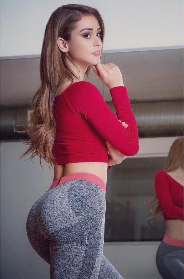 Фото шикарных поп девушек в обтягивающих шортах, эротика порно клипы онлайн