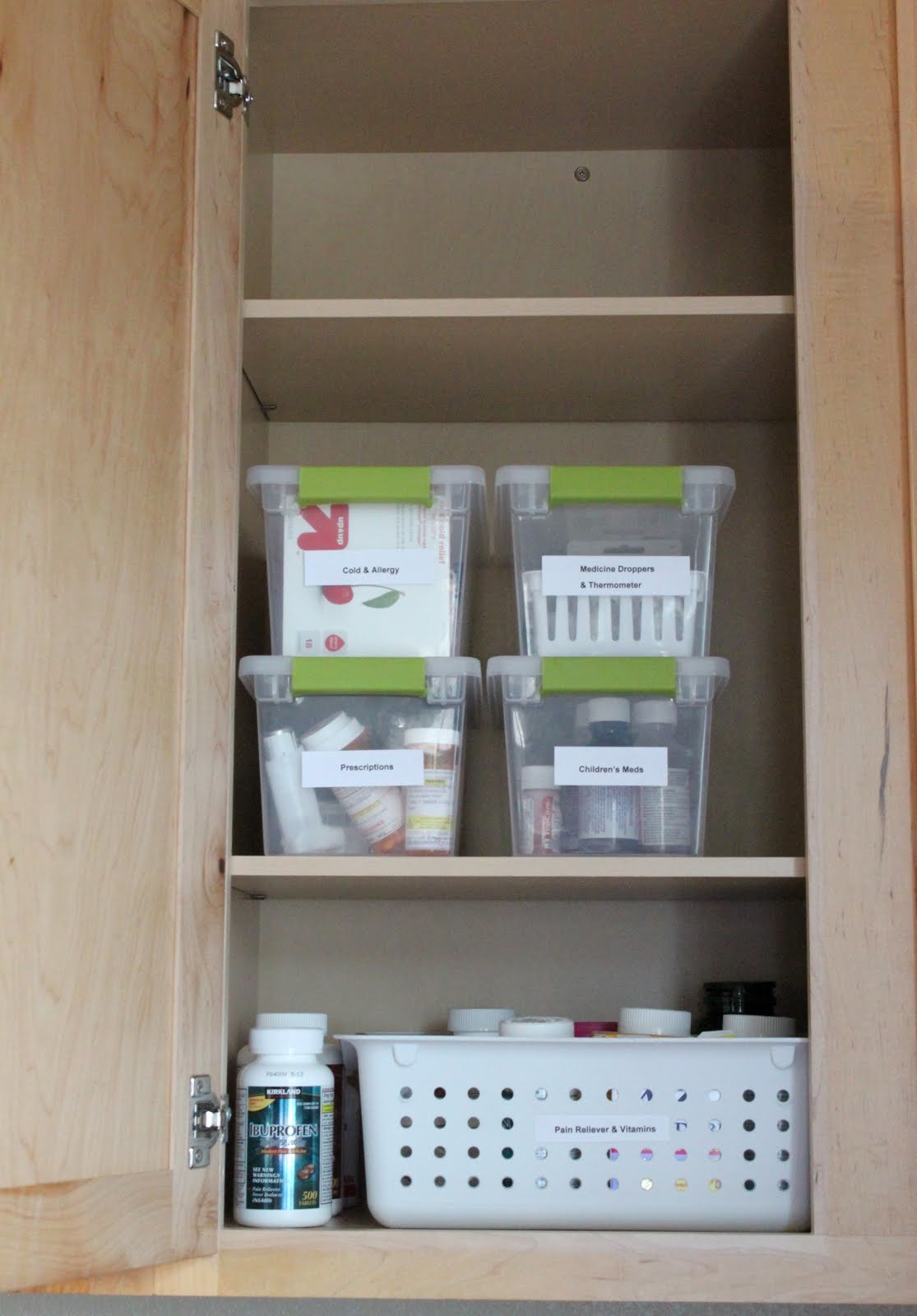 Фото как сделать аптечку из обычного шкафа