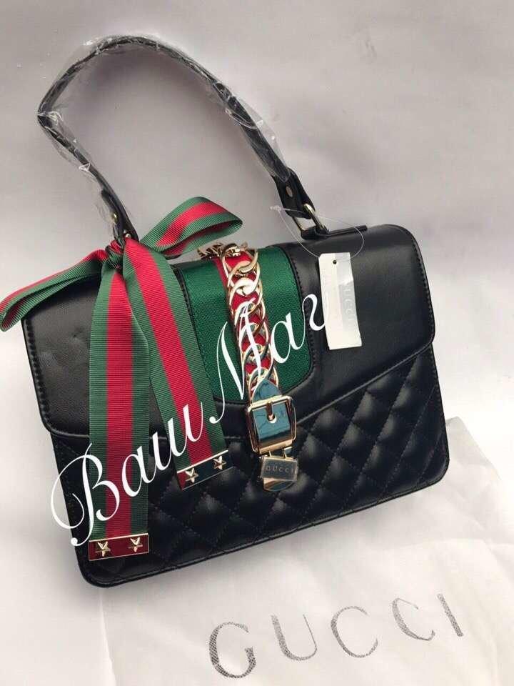 0e0976d1ec67 Реплика Cумки Gucci. Купить Кожаная сумка-папка - цена руб Купить со ...