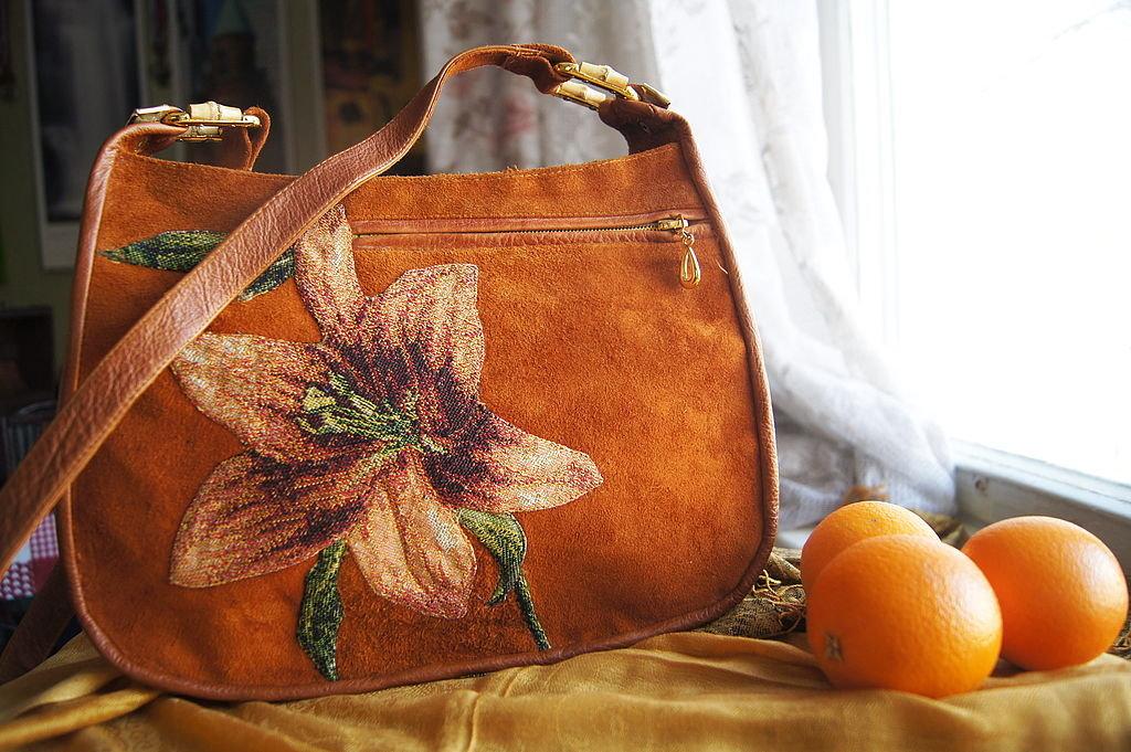 как украсить кожаную сумку своими руками фото плюсов деревянного дома