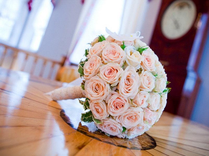 Размер букета невесты, цветов