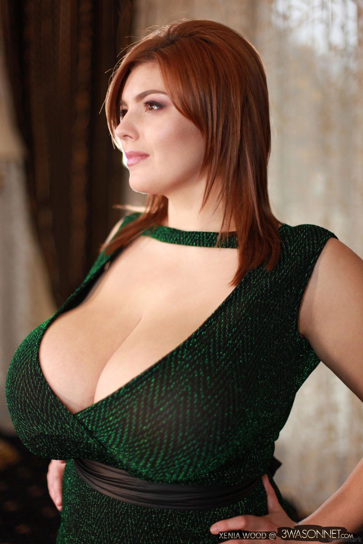 фото жен с большая грудью