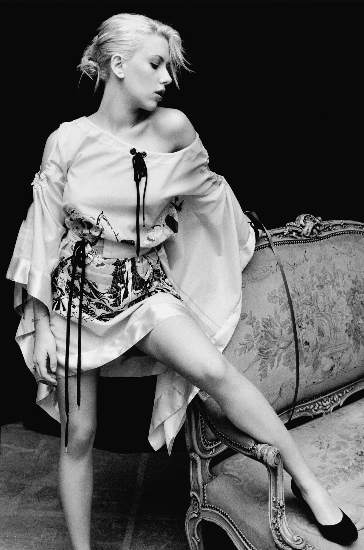 Scarlett johansson yariv milchan 2004 uhq photo shoot
