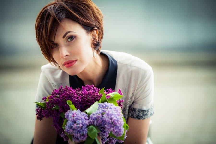 фото надежно как правильно сфотографироваться с цветами искать