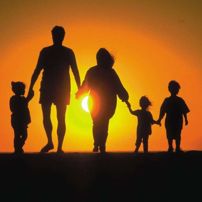 Картинки с надписями со смыслом про семью