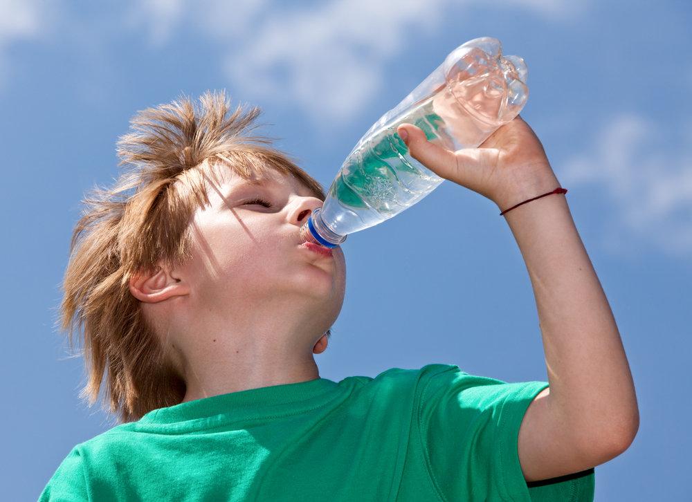Картинки прикольные пить воду