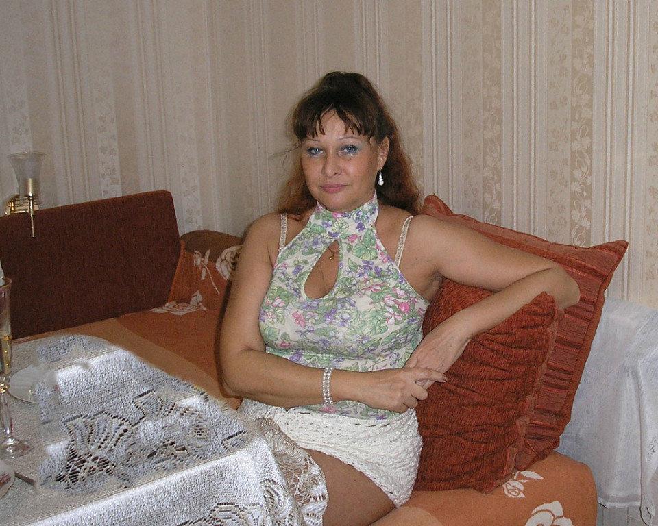 Фото домашнее зрелых жен