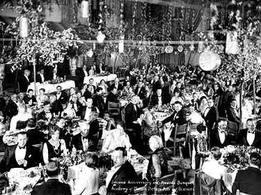 16 мая 1929 г. В США состоялась первая церемония вручения «Оскаров»