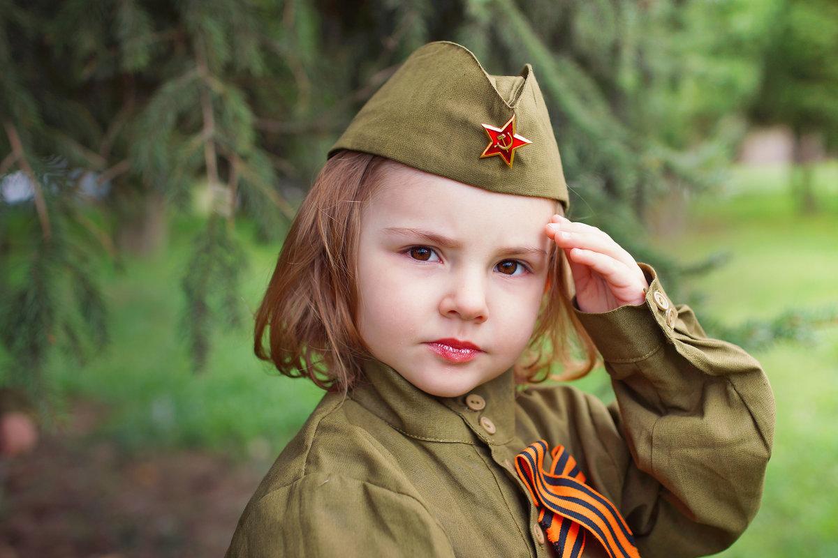 Днем, картинки с солдатами к 9 мая