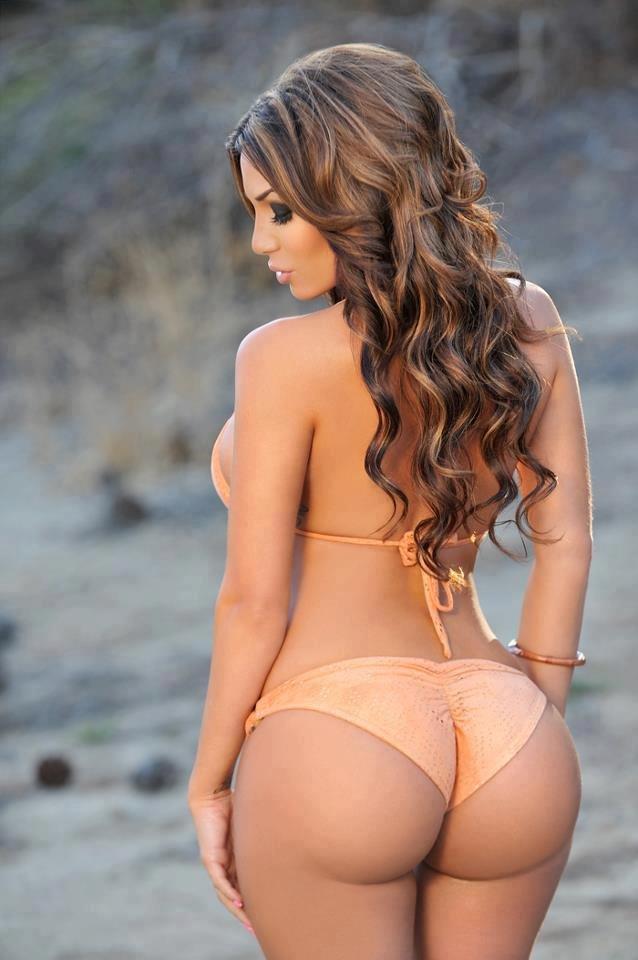 Stunning Brunette Babe Alyssa Spreading Booty Of The Day 1