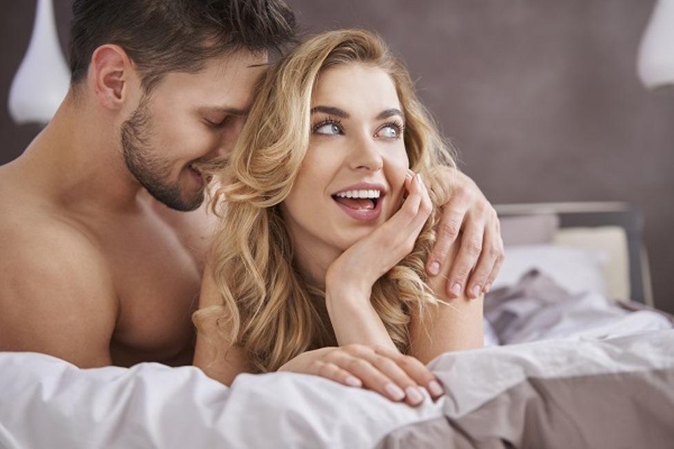 фото мужчины и женщины в постели - 6